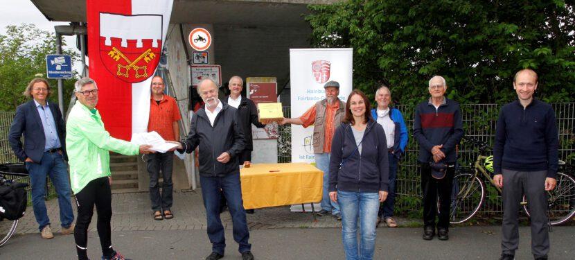 Kampagne barrierefreie Rampe überreicht 2021 Unterschriften!